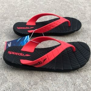 Speedo Black and Pink Thing Sandals Women's Size 7
